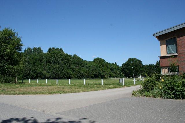 Reithalle und Turnierplatz